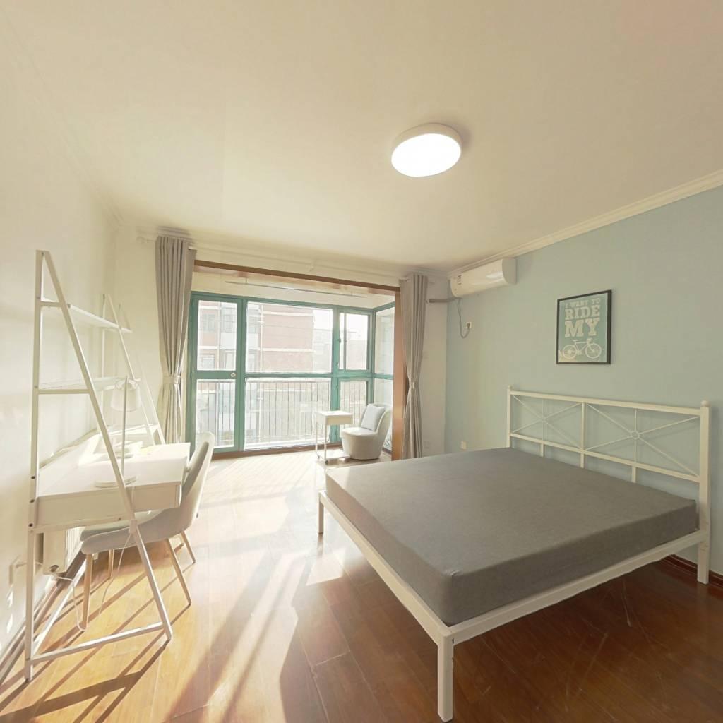 合租·幸福时光 3室1厅 北卧室图