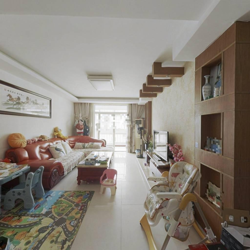 福海新居 5室3厅 南