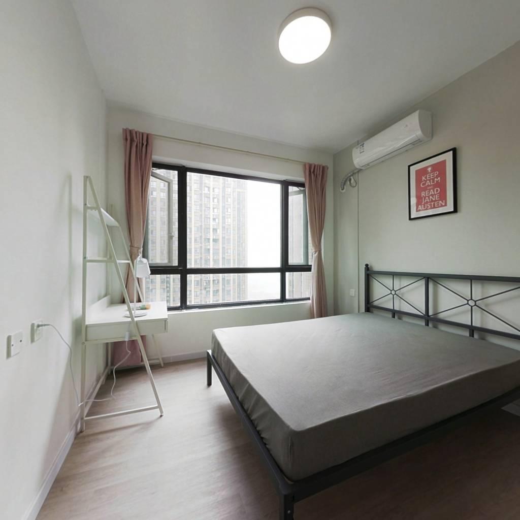 合租·华润二十四城六期 5室1厅 东卧室图