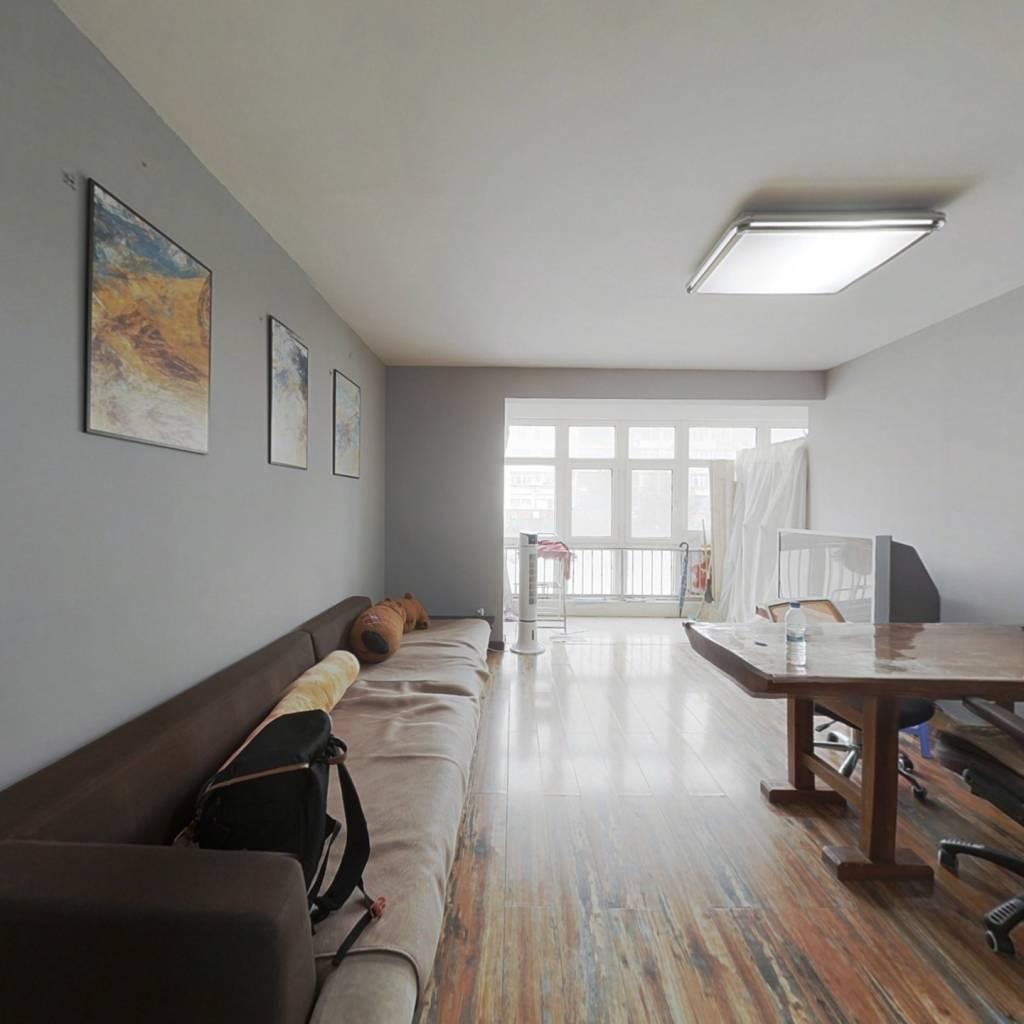 海洋花园 精装修 三居室 看房方便