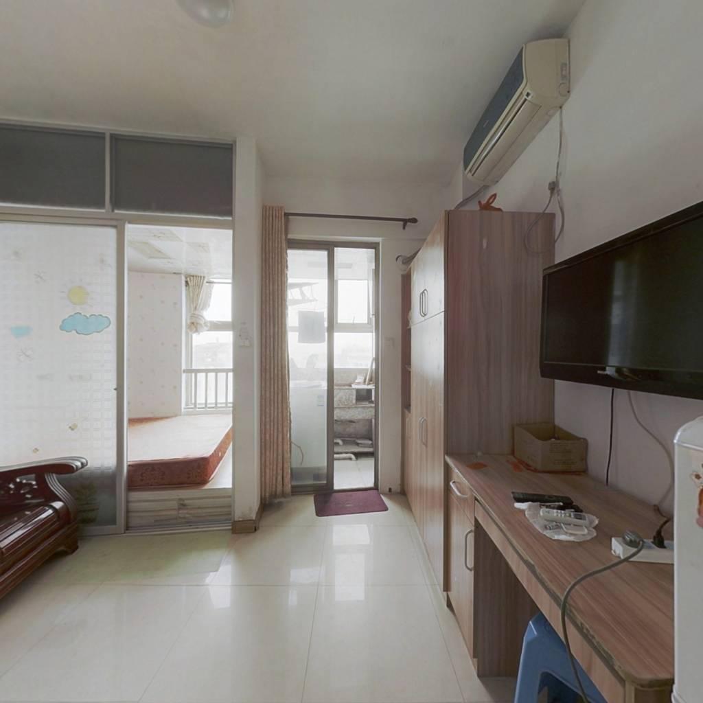凯福新景苑:单身公寓利用率高双向采光