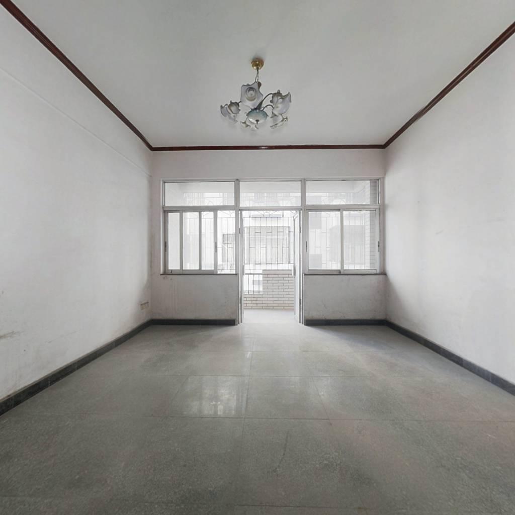 九龙泉小区 3室1厅 东南