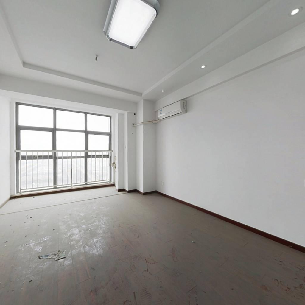 精装一室楼层好装修好无遮挡购物交通便利
