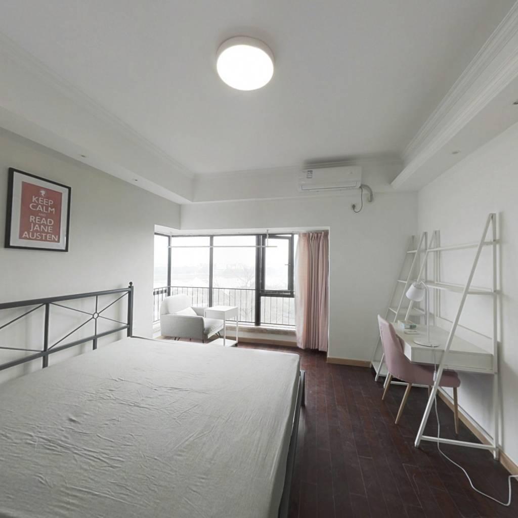 合租·保利西子湾 5室1厅 南卧室图