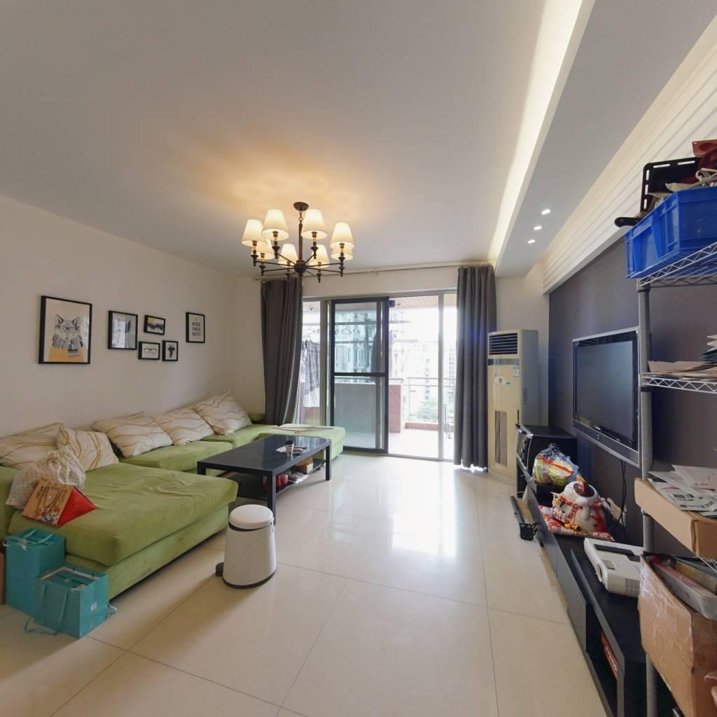 锦官秀城 4室2厅2卫 小区环境干净舒适,南北向