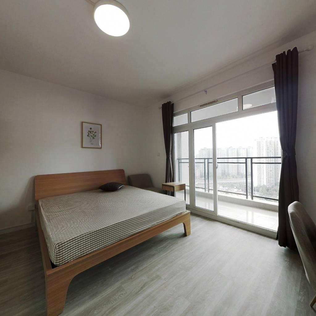 合租·桂溪苑 5室1厅 西南卧室图