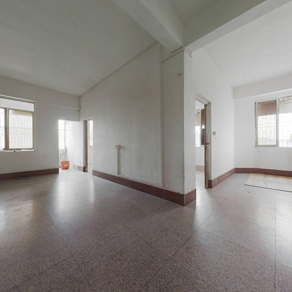 此房户型好,总价低,入手门槛低,空间大