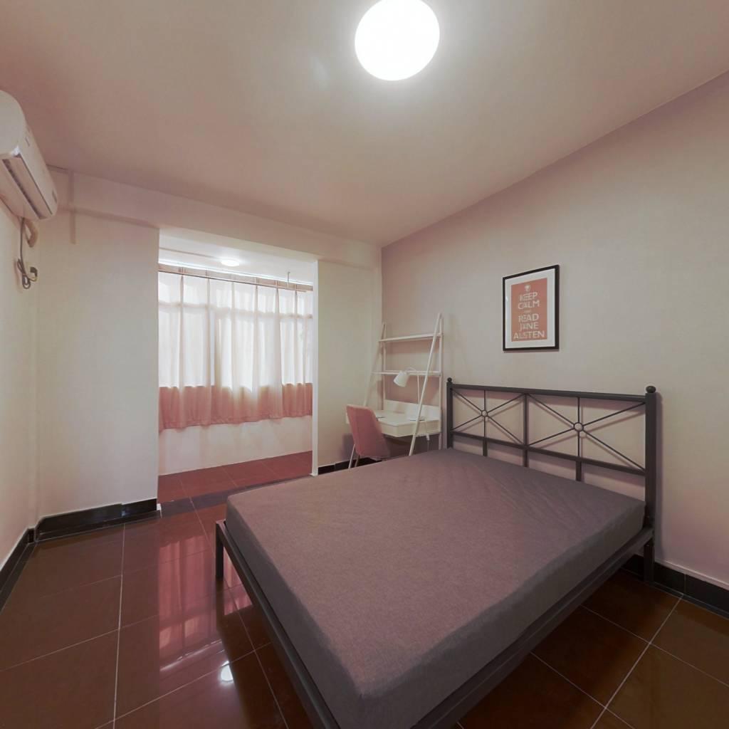 合租·火瓦巷 3室1厅 南卧室图