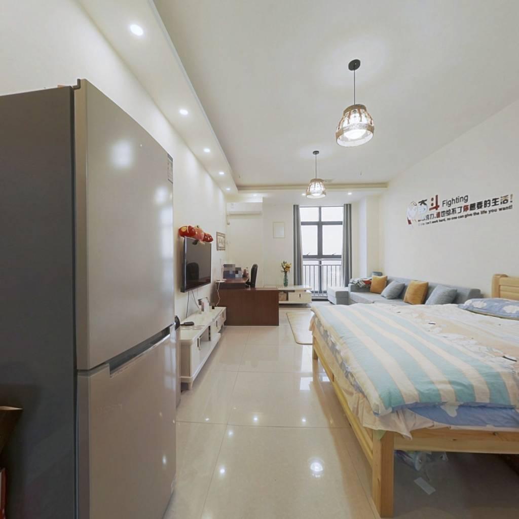 低总价精装一居室,个人的理想住宅
