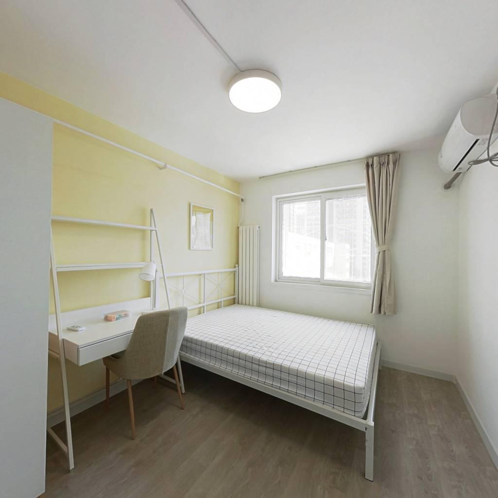 合租·石佛营东里105号院 3室1厅 南卧室图