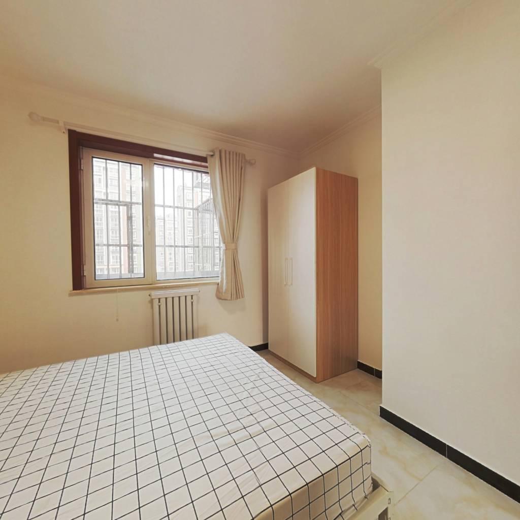 合租·后沙峪新村 3室1厅 南卧室图