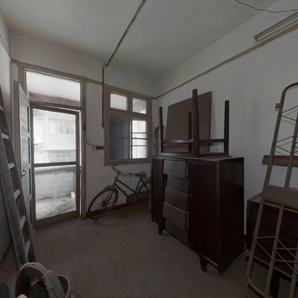 江西省公路局社区(站前西路公路局宿舍) 1室0厅 南