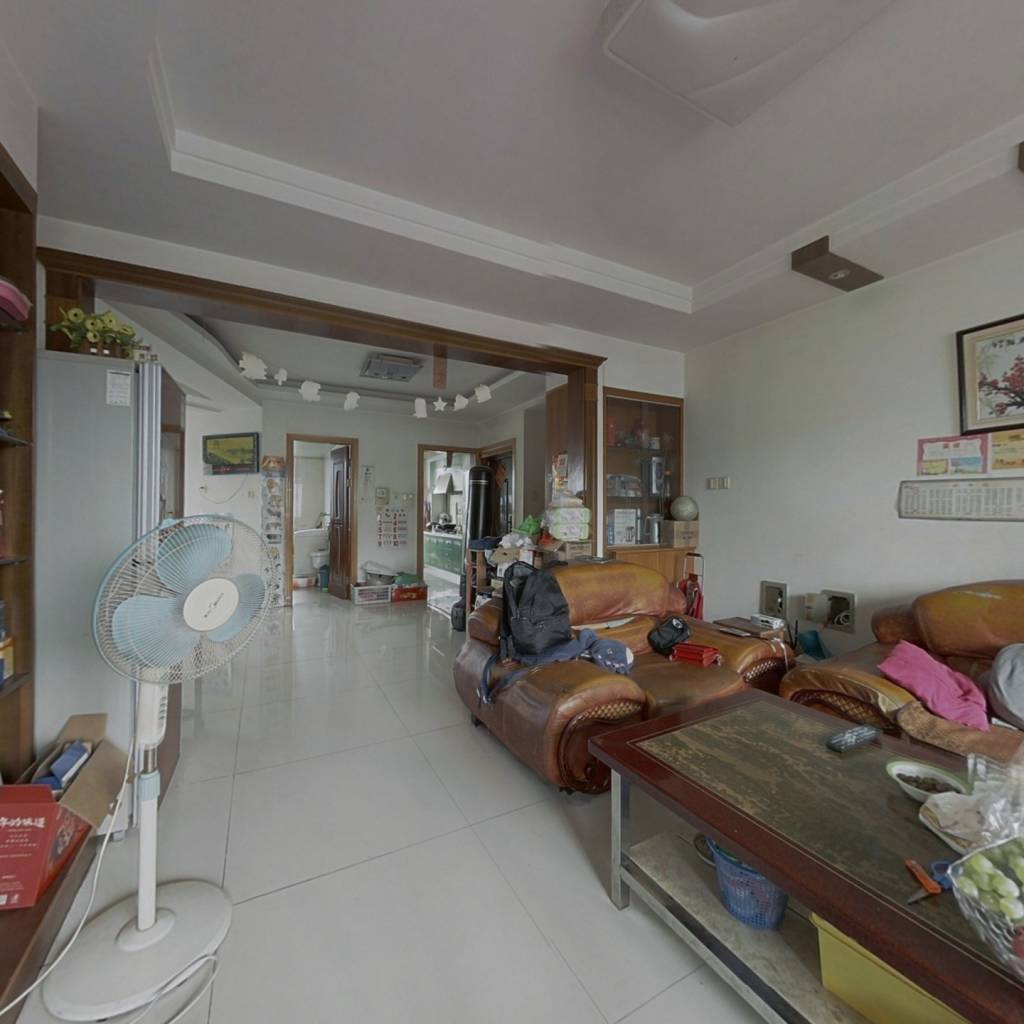 双阳台,两梯两户,通透户型,实木家具,带大平台