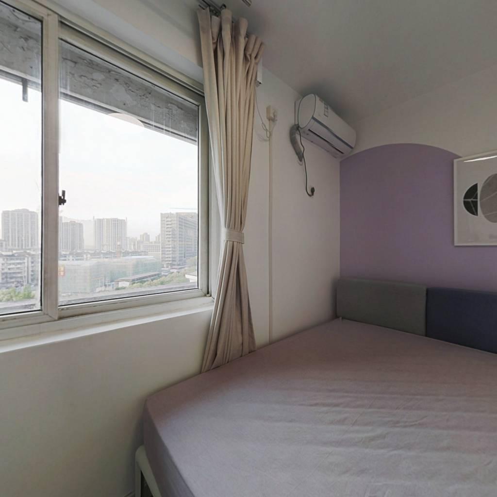 合租·近江家园九园 3室1厅 西卧室图