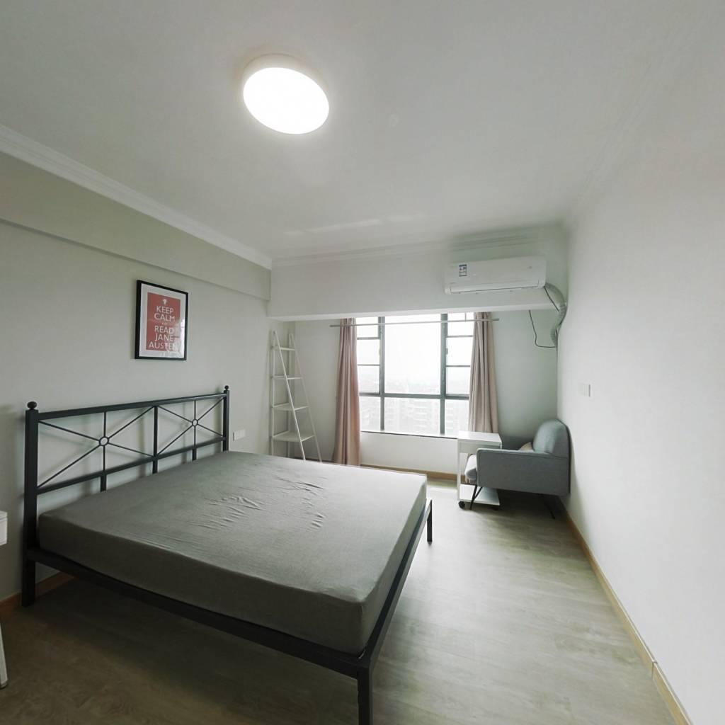 合租·珠岛花园 5室1厅 南卧室图