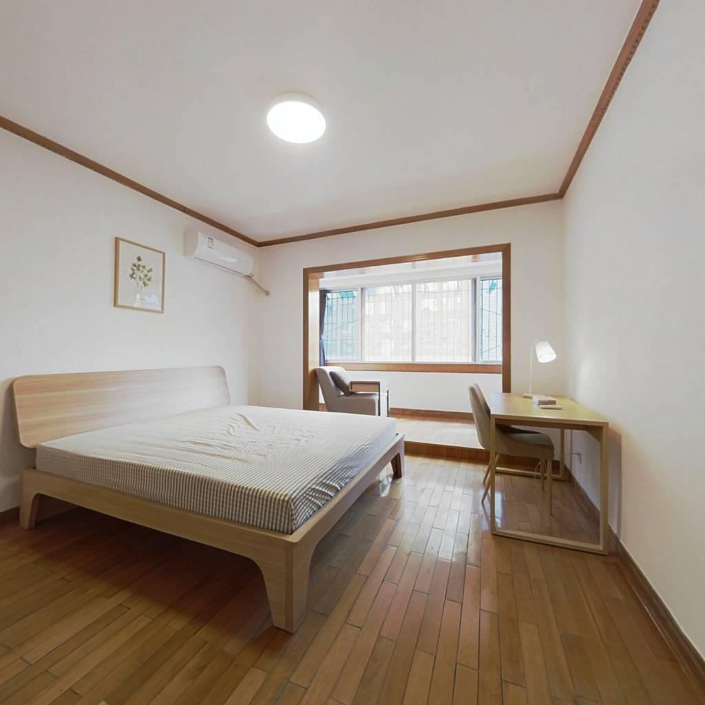 合租·澳深花园 5室1厅 西南卧室图
