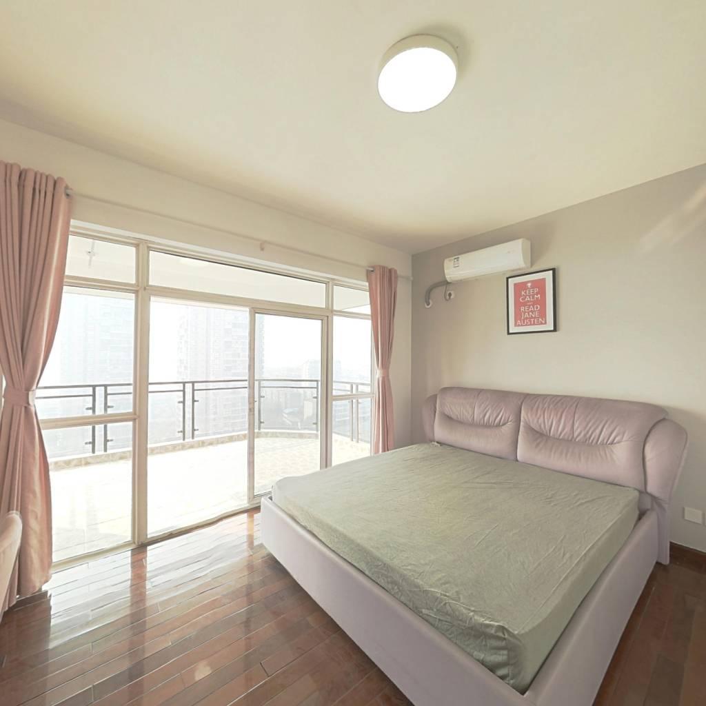 合租·沙河新城 4室1厅 东卧室图
