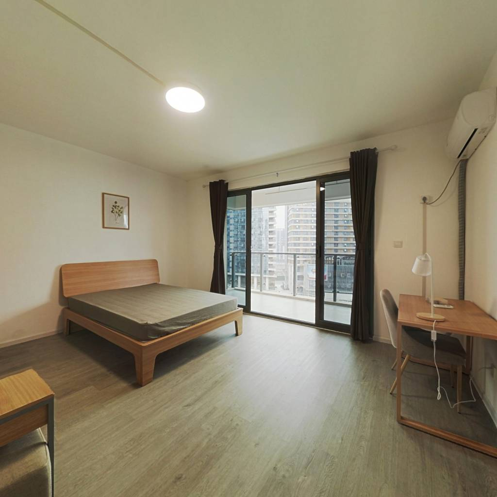 合租·航天城上城 5室1厅 东卧室图