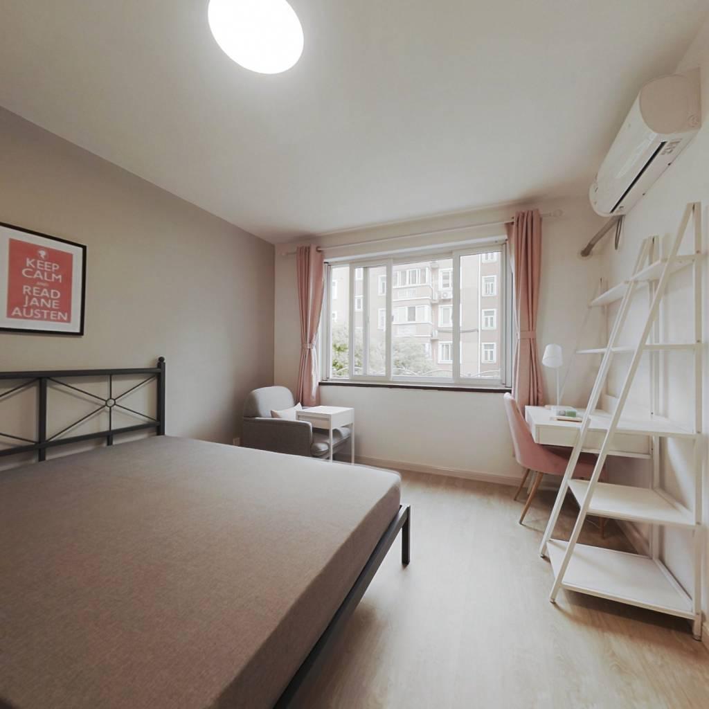 合租·莲花公寓(闵行) 4室1厅 北卧室图