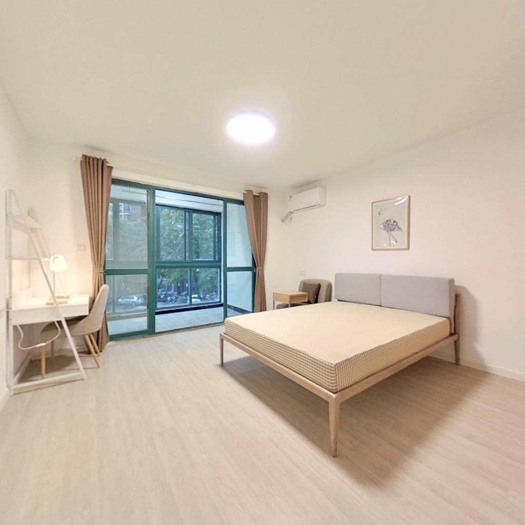 合租·五一新村 4室1厅 南卧室图