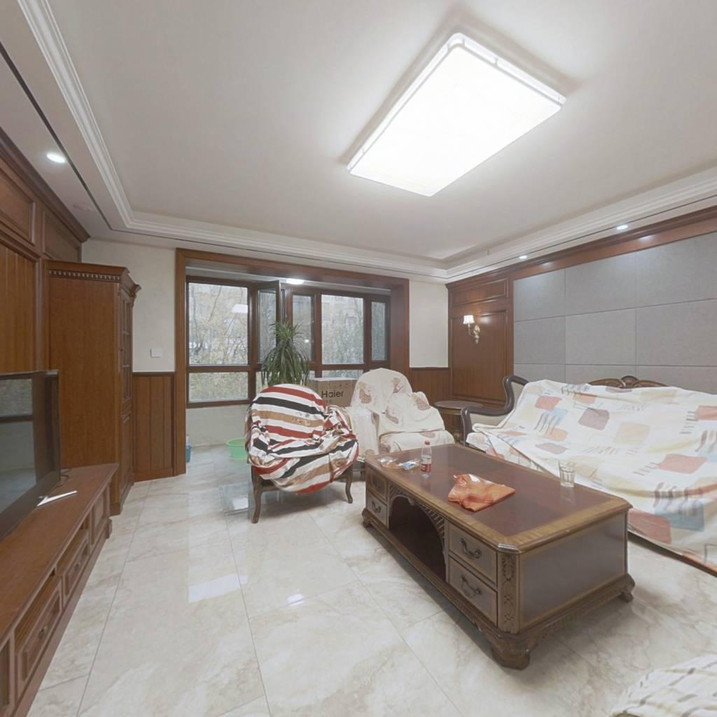 百万装修带院 车位+78平地下室 总高4层纯洋房社区