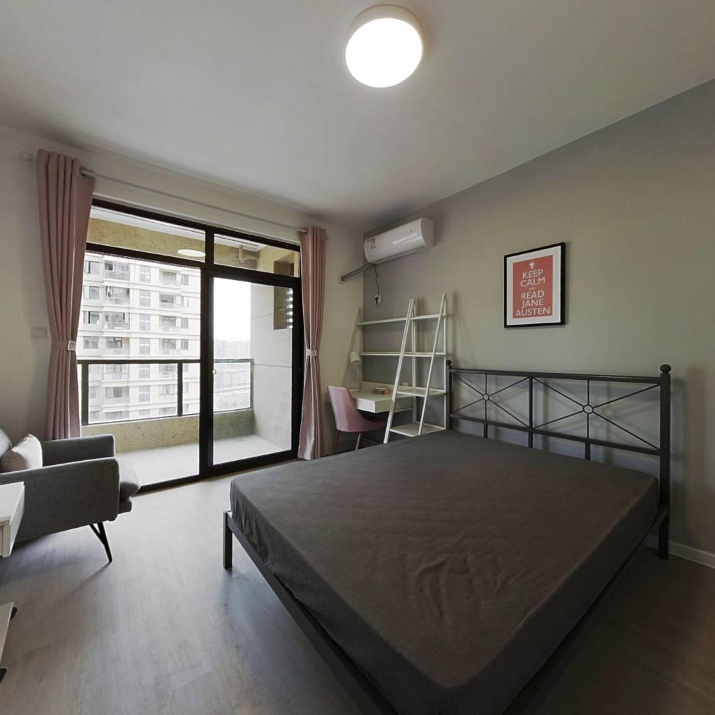 合租·花园府 4室1厅 南卧室图
