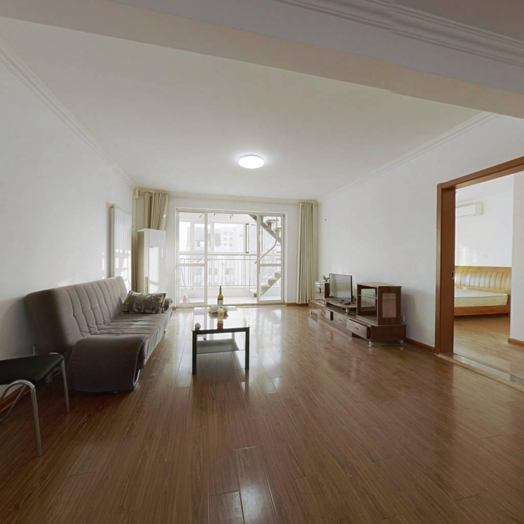 此房位置好  楼层好 采光好 地理位置优越 无遮无挡