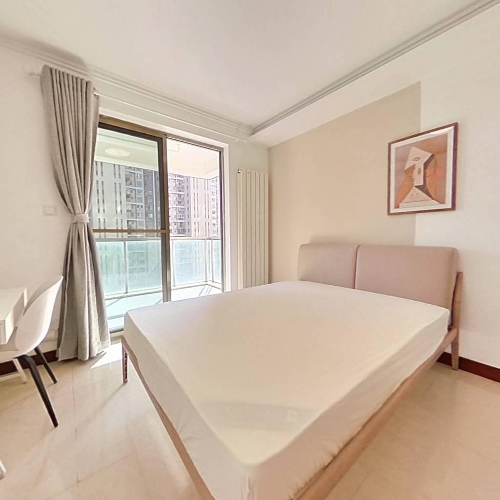 合租·时代新世界 4室1厅 东卧室图