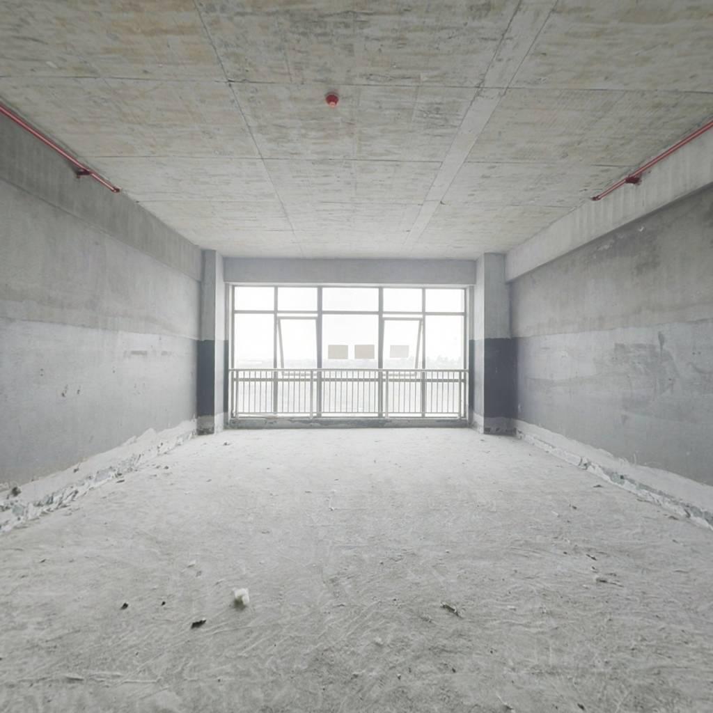 兆丰商贸中心 1室1厅 南
