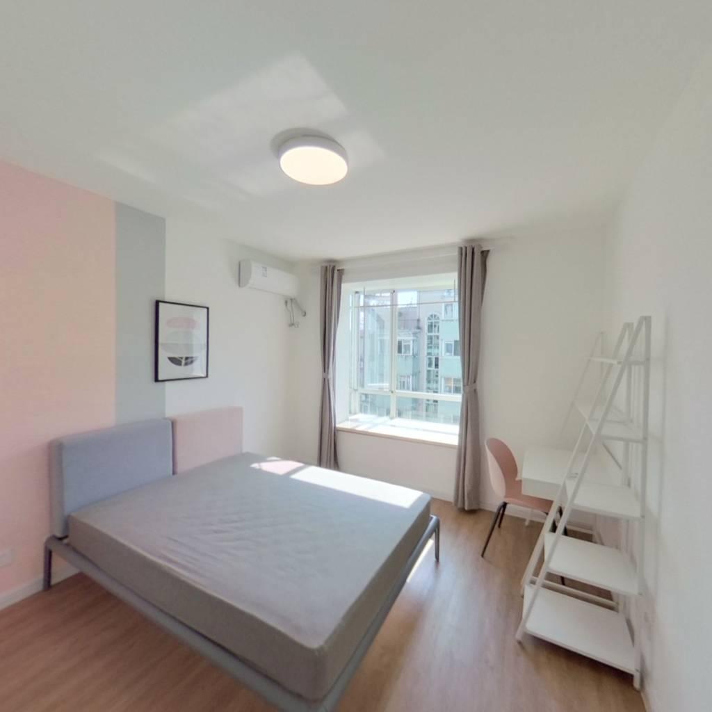 合租·上海阳城 4室1厅 南卧室图