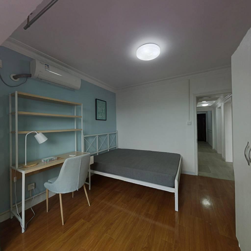 合租·金杨新村八街坊 4室1厅 南卧室图