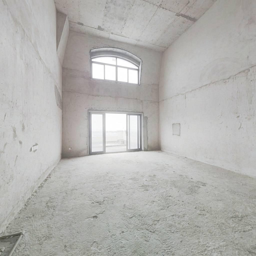 碧桂园复式两层正望江超大阳台,满五年,税费便宜