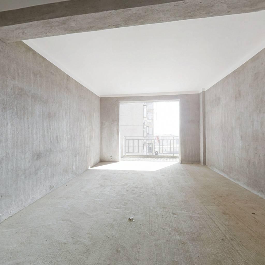 天伦华庭 上下两层复式房 精装修 拎包入住