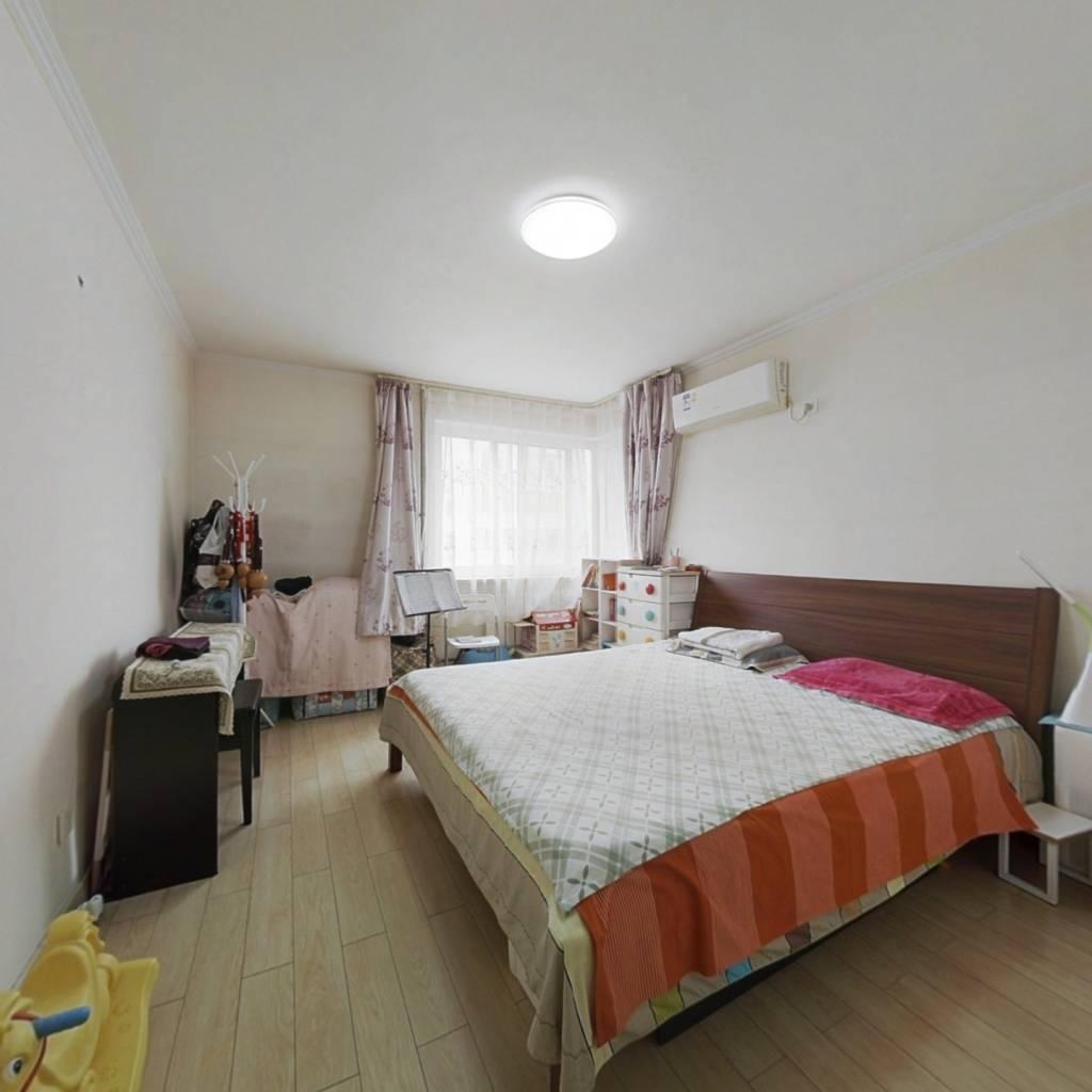 牡丹园北里正规两居室,满五年商品房,带电梯高楼层