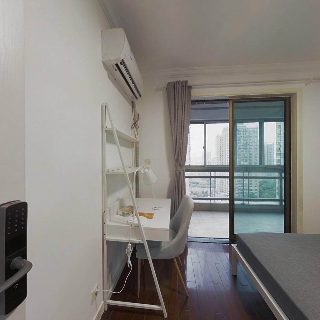 合租·阳光威尼斯(三期) 3室1厅 南卧室图