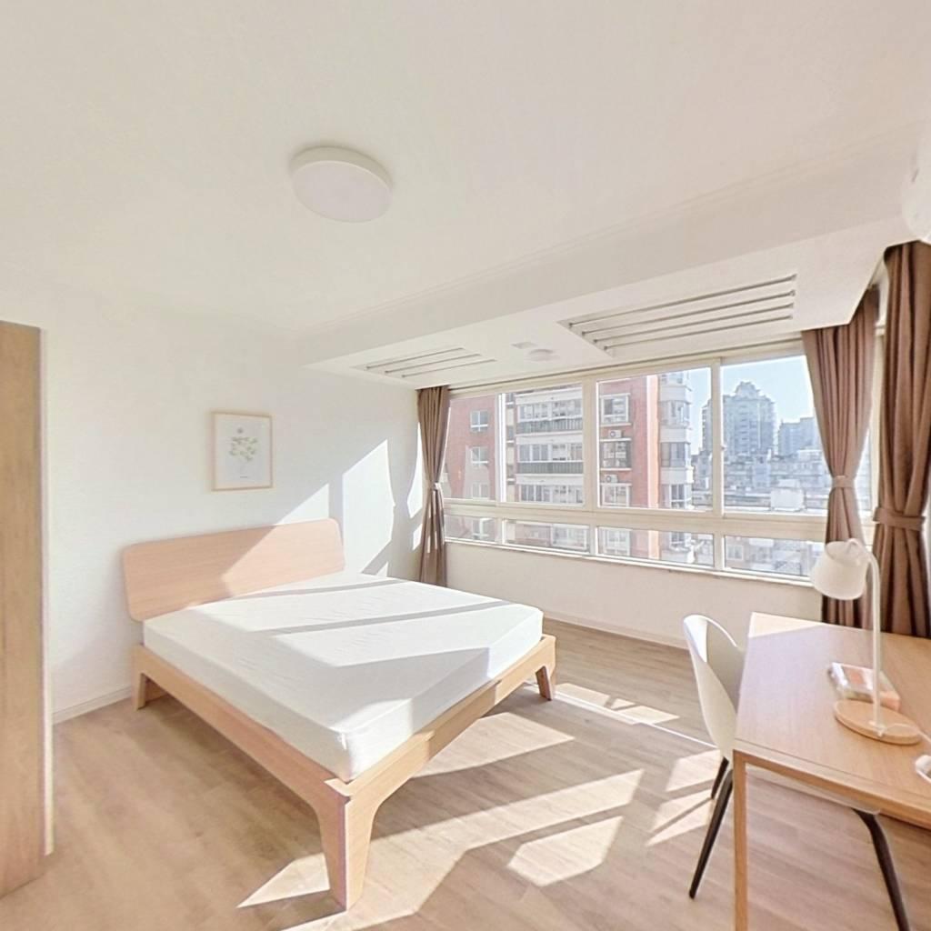 合租·米兰公寓 4室1厅 南卧室图