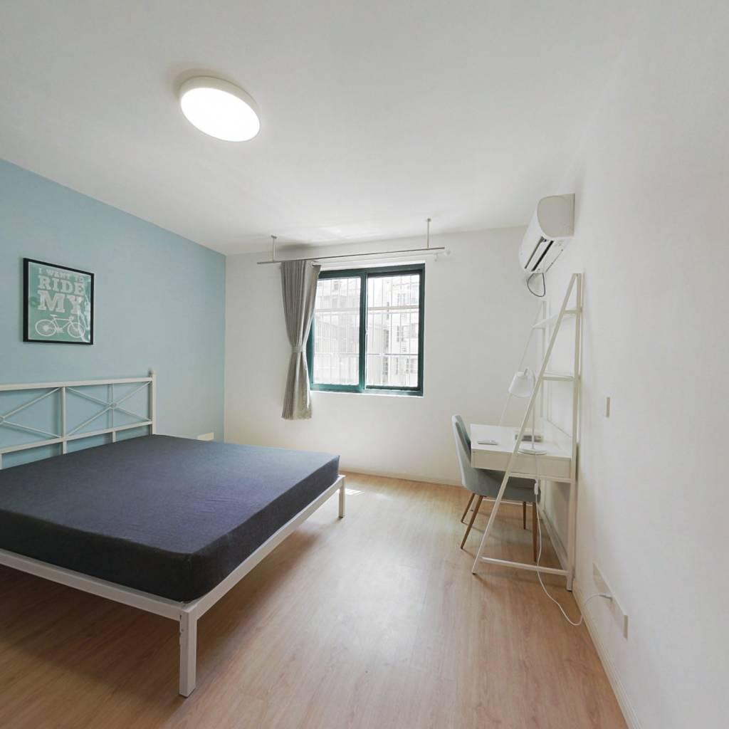 合租·幕府佳园 4室1厅 南卧室图