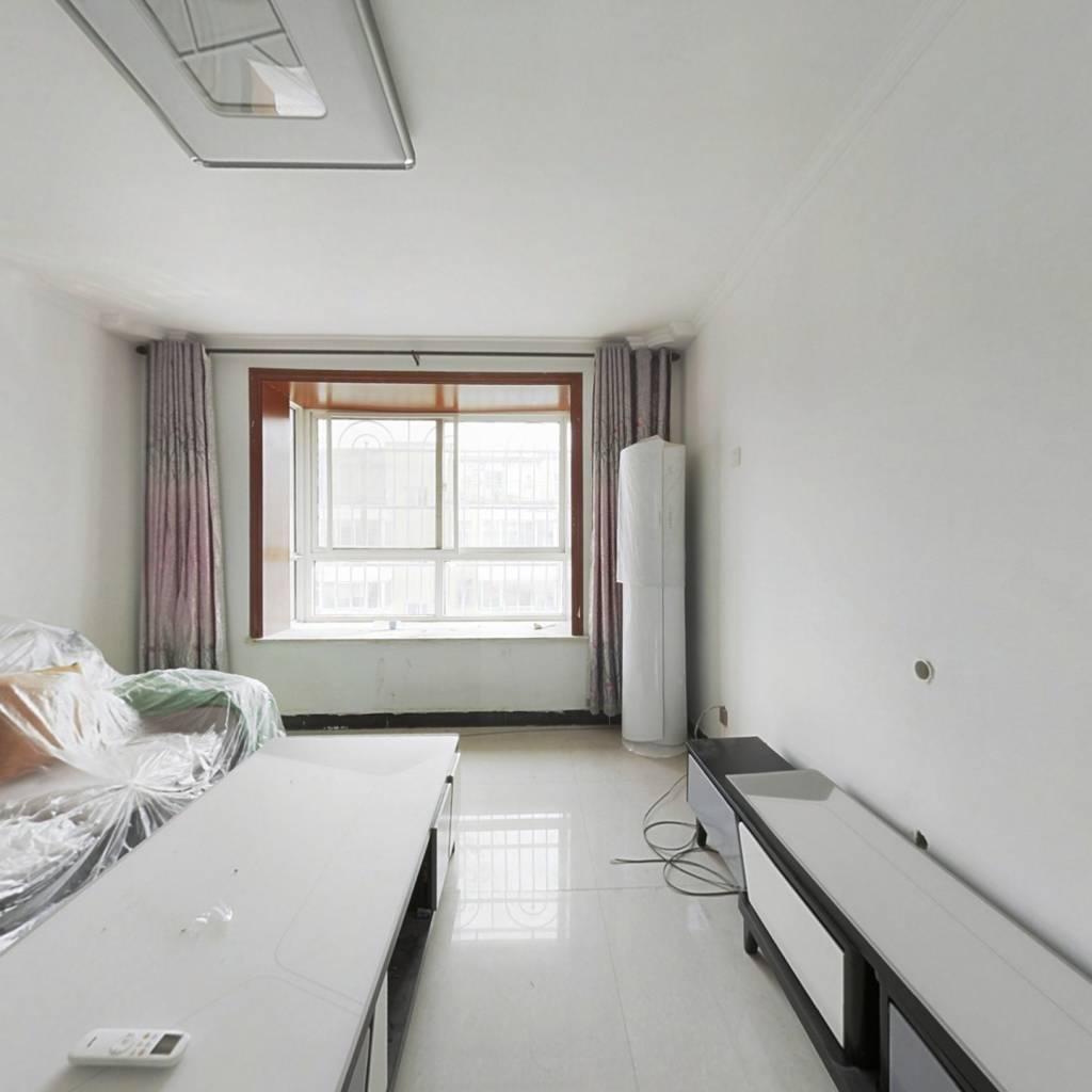 清雅小筑 5室3厅 南