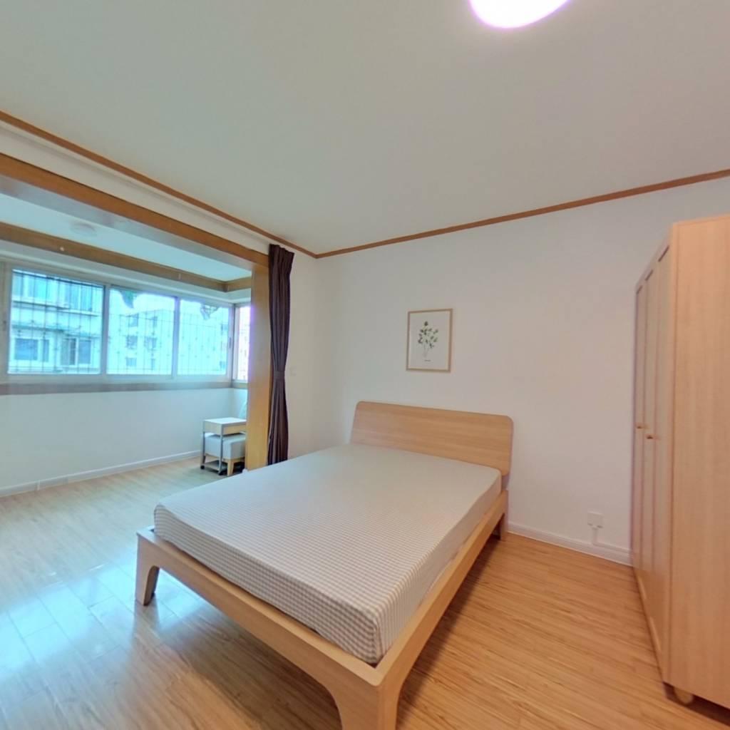 合租·百花邨 4室1厅 东北卧室图