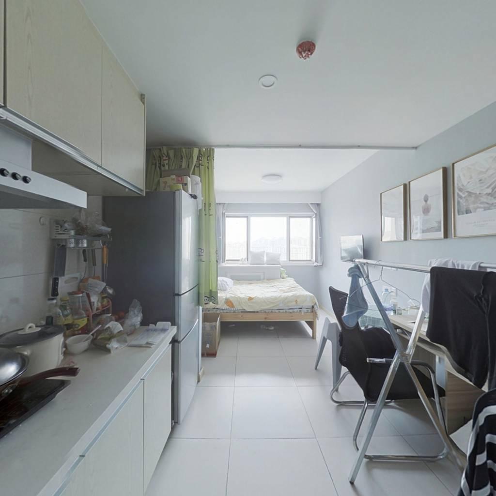 上市里精装修   小公寓出租方便