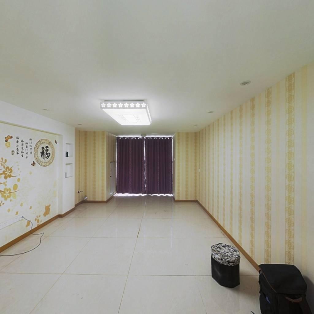 港龙国际精装两房电梯入户拎包入住