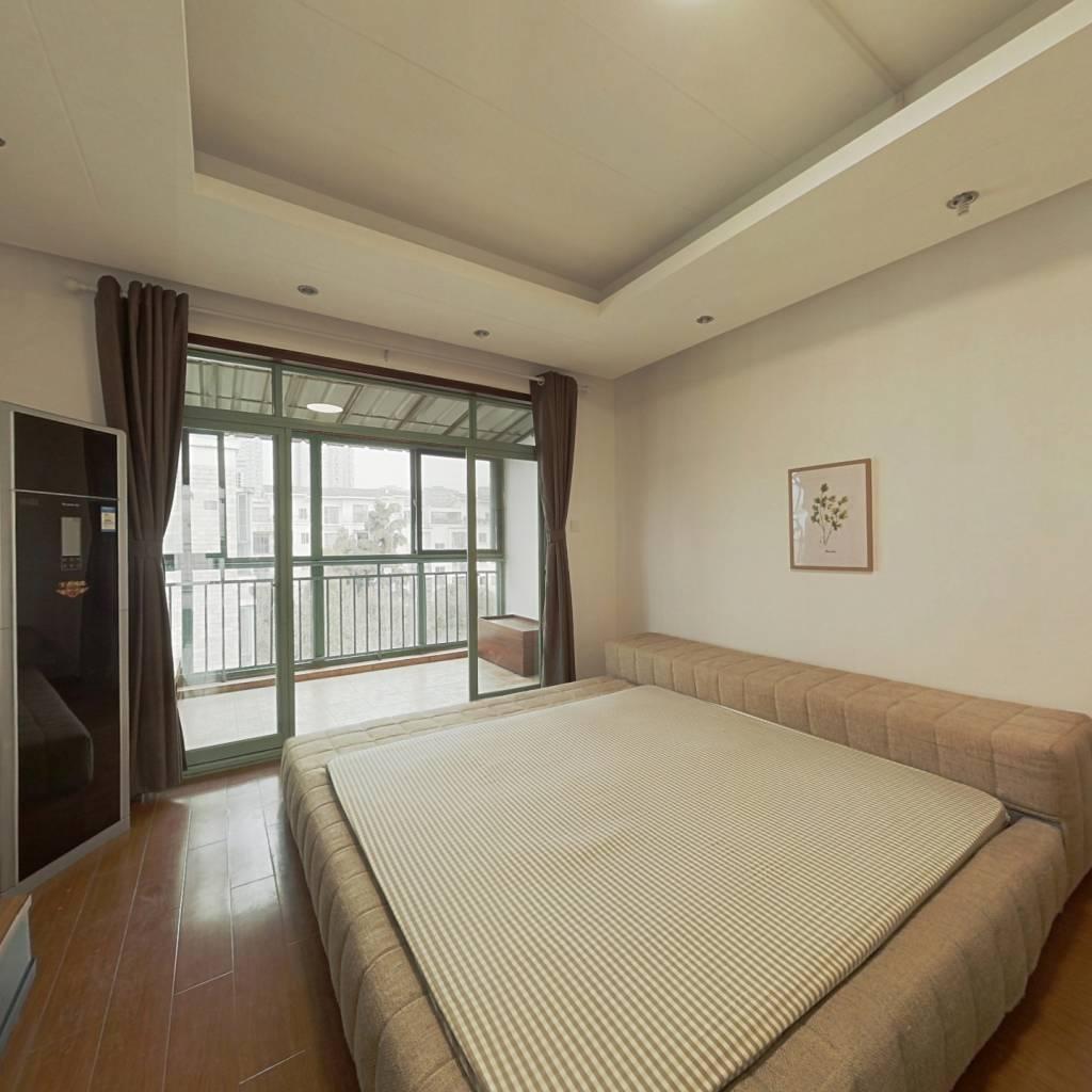 合租·怡丰新城 4室1厅 北卧室图