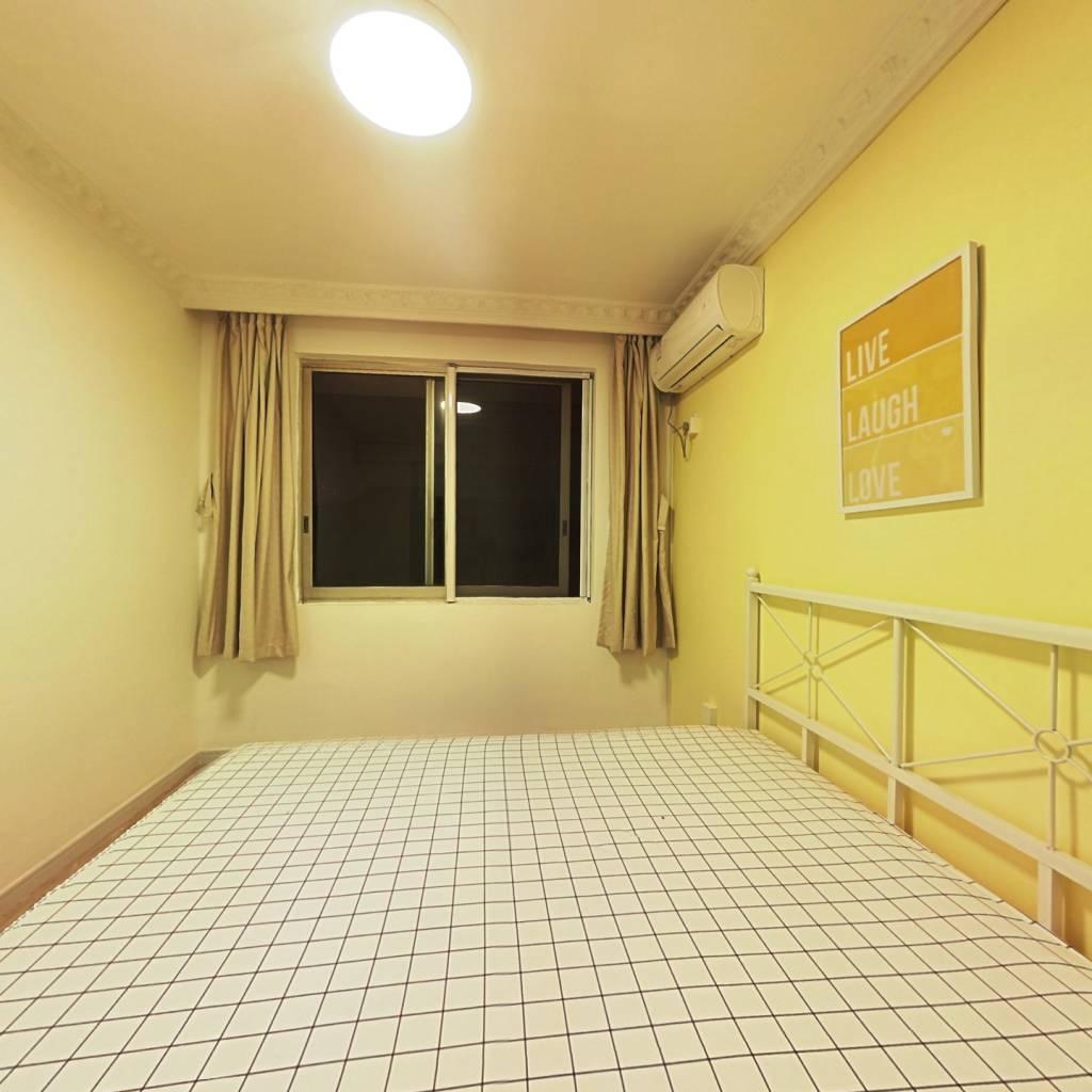 合租·桃园公寓(川沙) 3室1厅 南卧室图