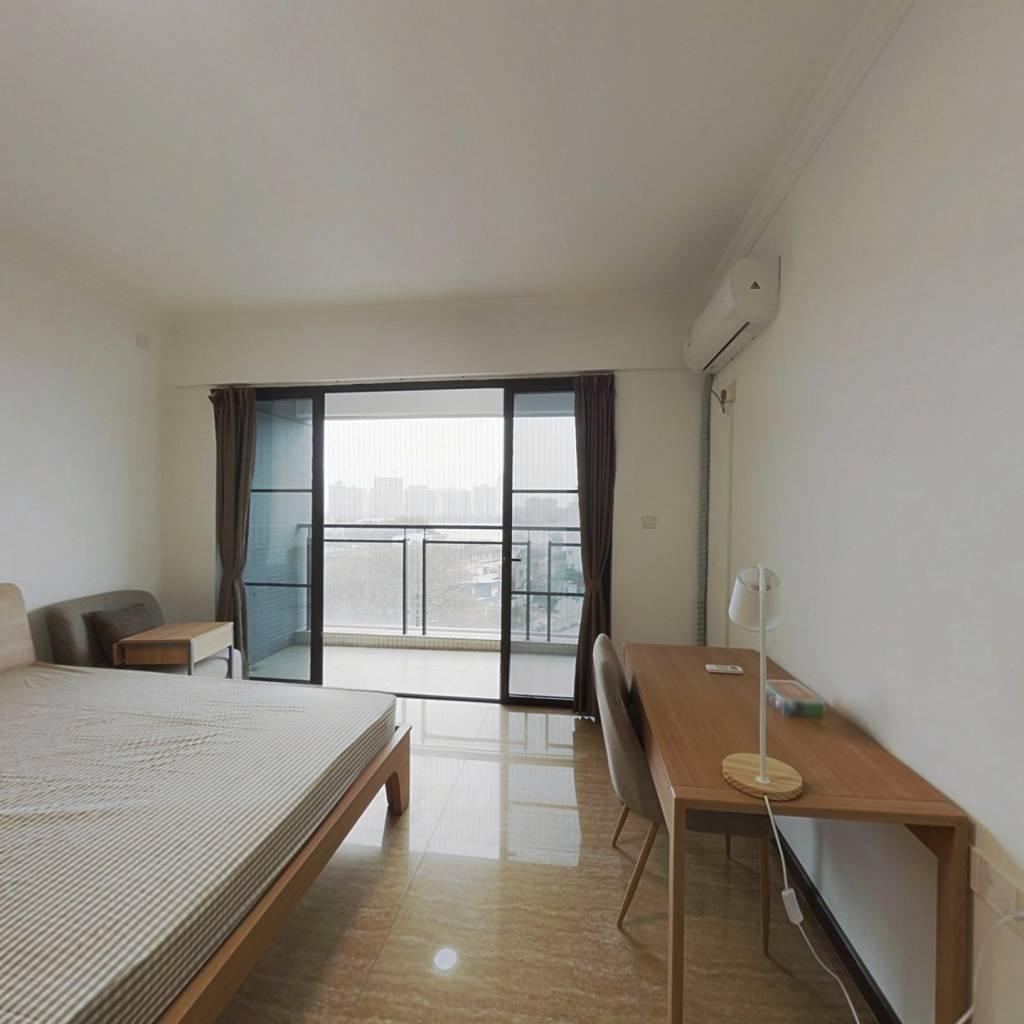 合租·花语水岸 5室1厅 西卧室图