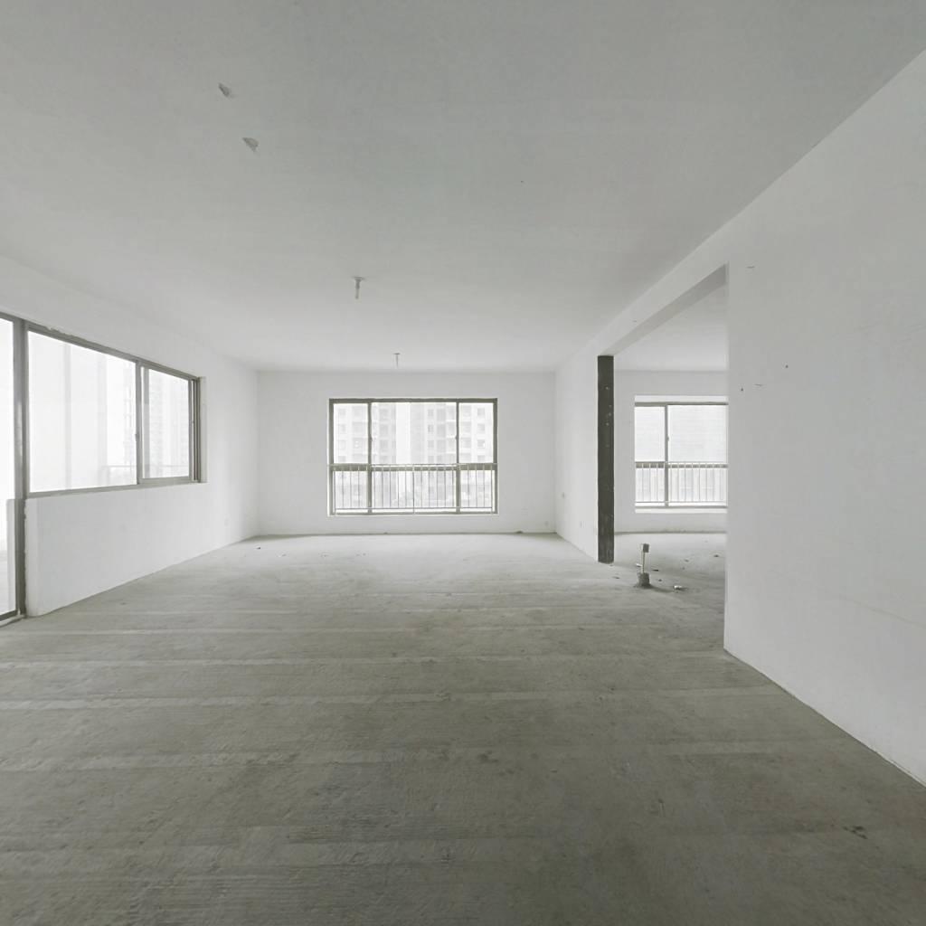 杭州湾揽月苑大平层4房2厅1厨3卫