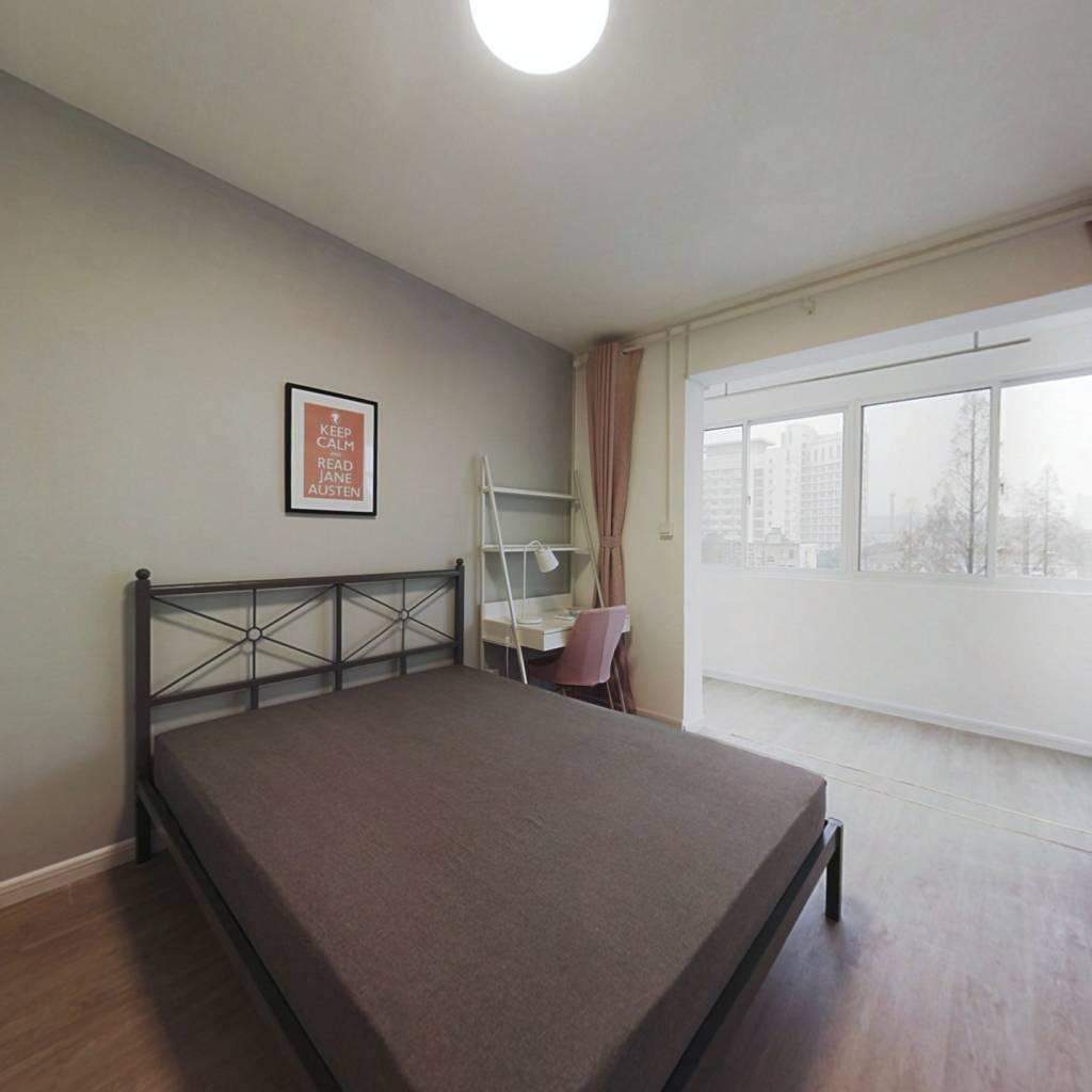 合租·北京西路76号 3室1厅 北卧室图