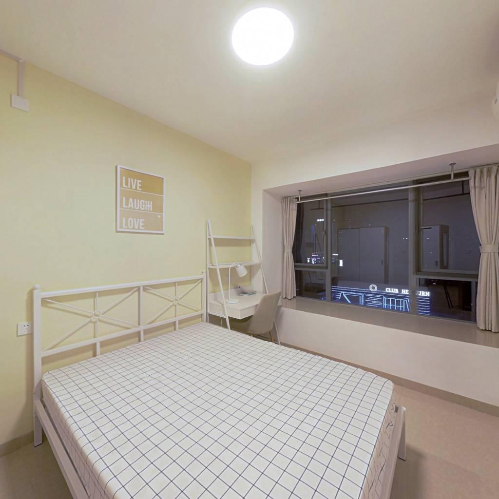 合租·飞大壹号广场 3室1厅 东卧室图