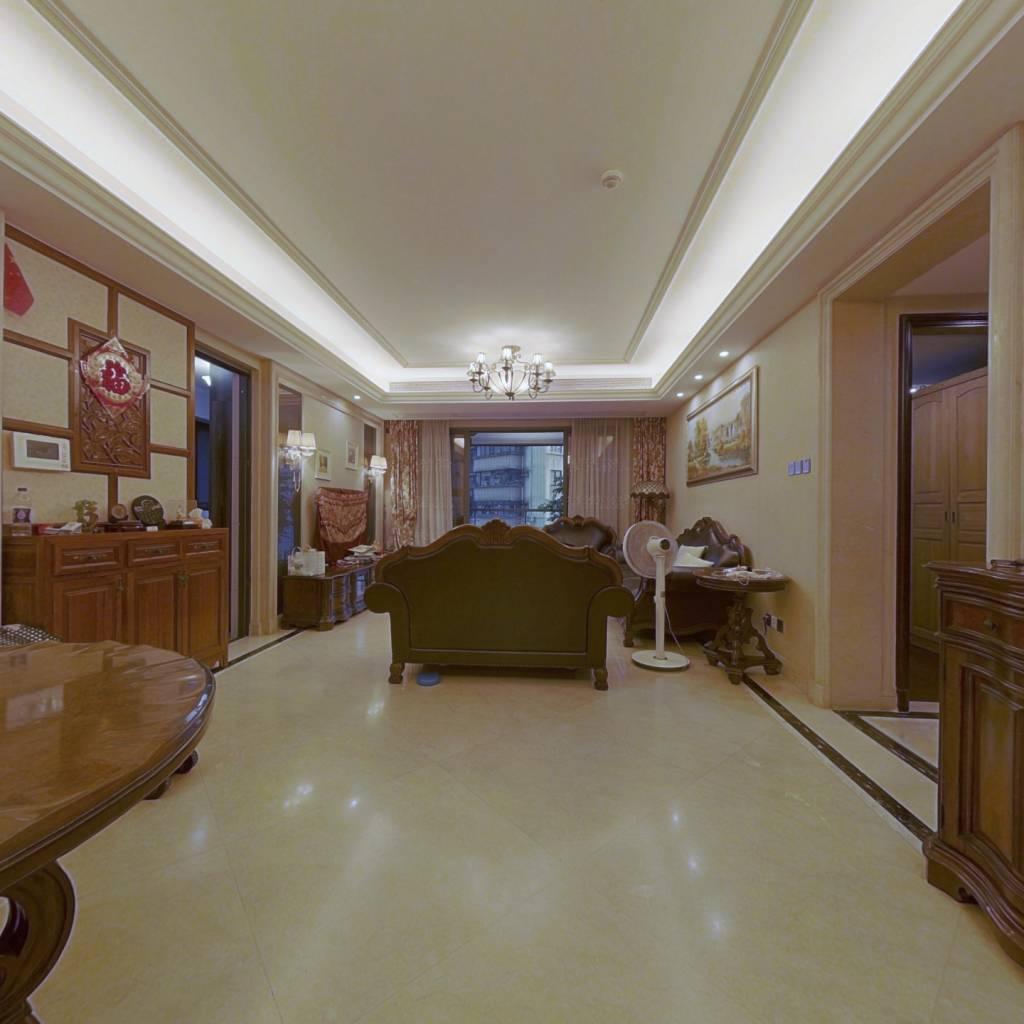 君湖 4房2厅2卫2阳台 南北对流,阳光充足,环境优美
