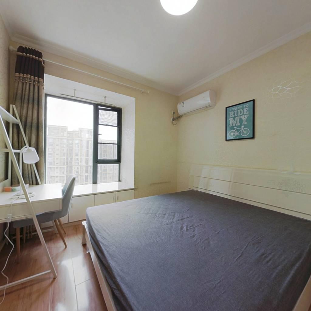 合租·瑞升望江橡树林二期 4室1厅 东卧室图