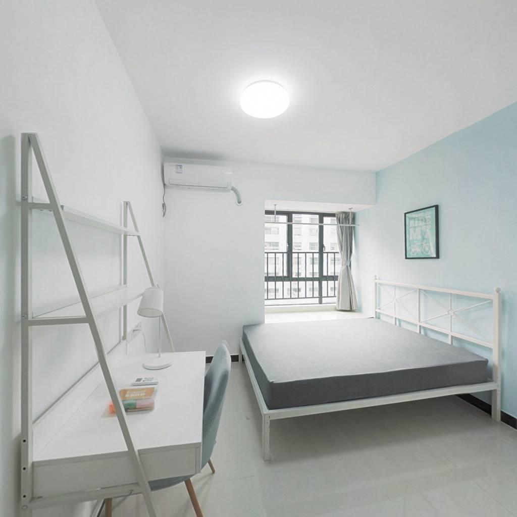 合租·新泰小区 4室1厅 西卧室图